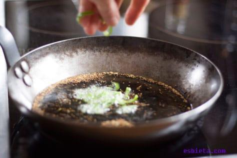 berenjenas-en-salsa-yogur-6