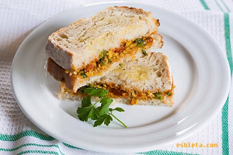 sandwich-huevos-revueltos-1