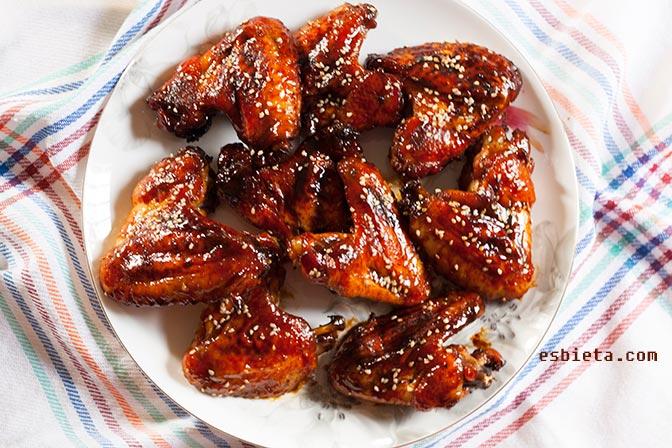 Alitas de pollo laqueadas con Worcestershire