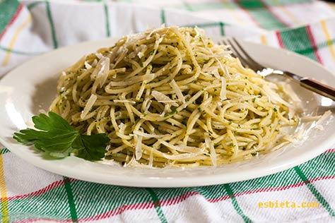 espaguetis-perejil-ajo-02