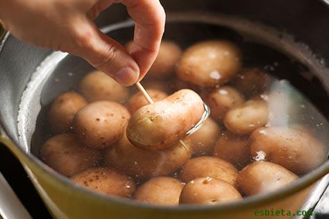 patata-cocida-piel-4