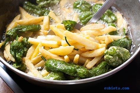 patatas-pimientos-padron-1