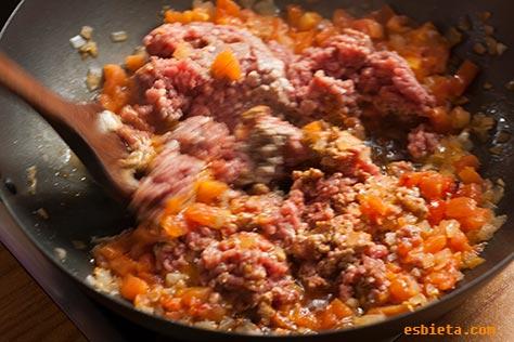 pimientos-rellenos-carne-8