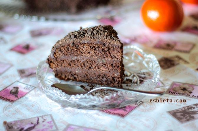 Tarta de chocolate «Boina vasca».