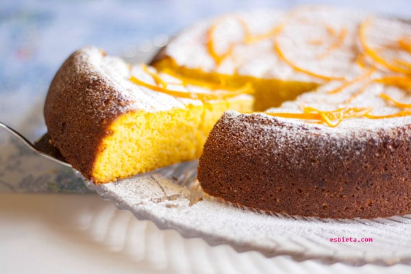 pastel de naranja con almendra