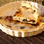 pastel de ciruelas pasas con nueces y yogur griego
