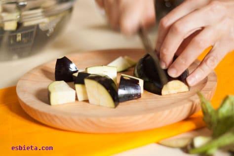 berenjenas-en-salsa-yogur-3