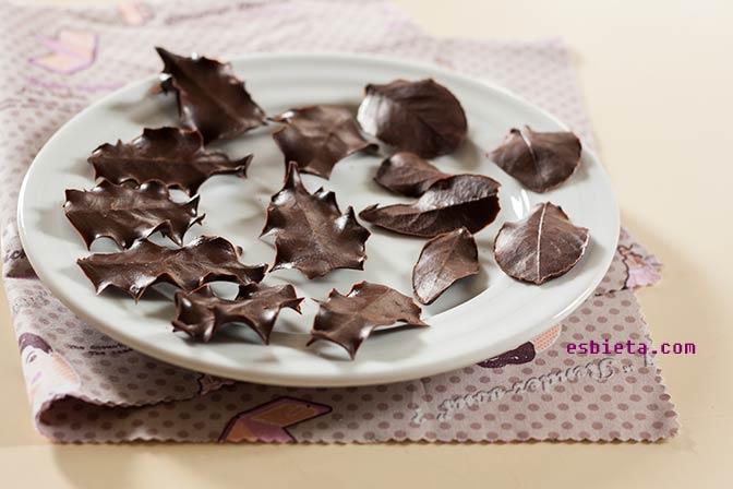 Adornos de chocolate: hojas