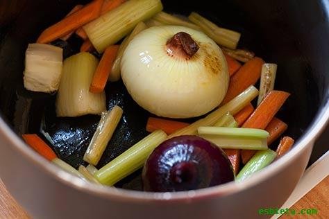 caldo-pollo-verduras-8