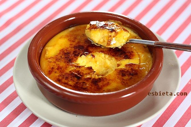 Crema catalana casera y deliciosa