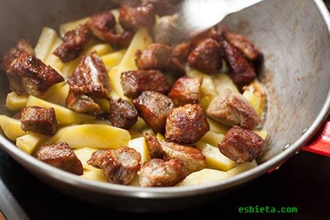 ojakhuri-carne-patatas-8
