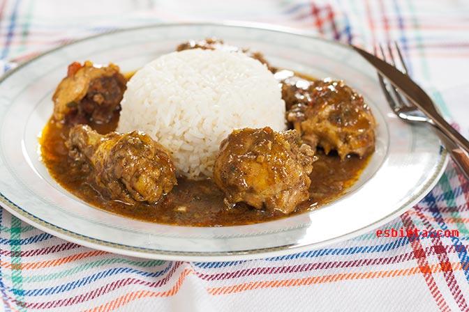 Pollo al curry casero