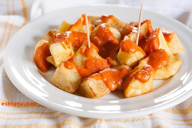 patatas bravas caseras
