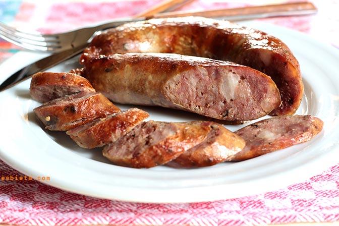 Chorizo casero fresco. Receta fácil