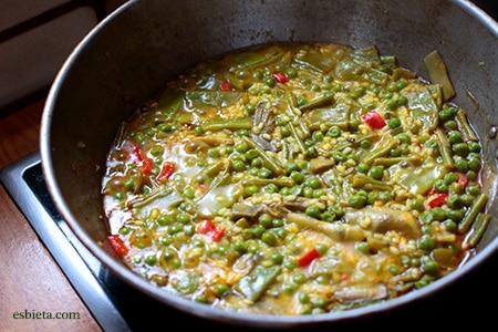 como-cocer-arroz-con-verduras