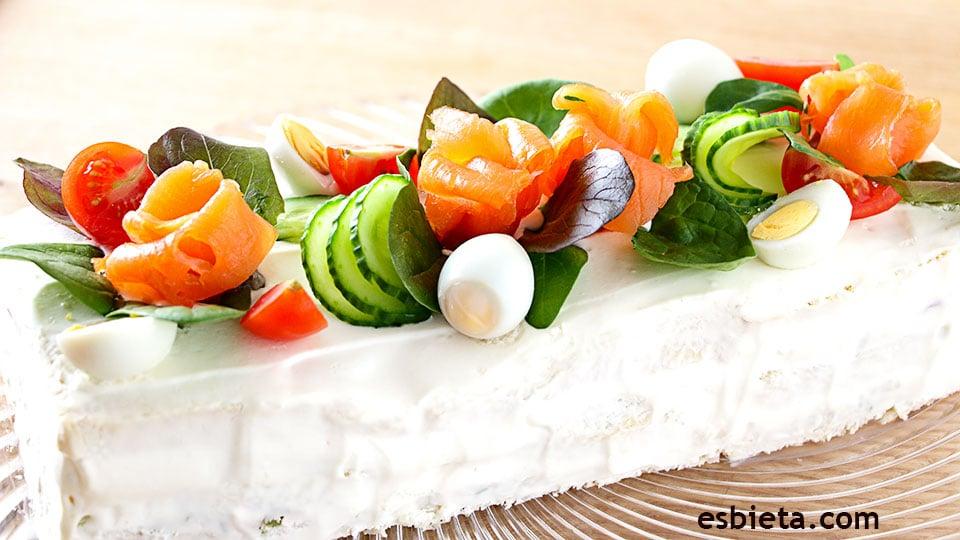 pastel de salmón frío