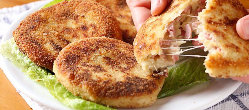 Tortitas de patata (papa) con jamón y queso