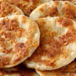 Tortilla de trigo y queso fritas muy ricas